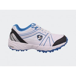 SG Steadler cricket shoes